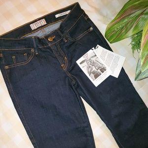 NWT, GUESS Jean, Women's Crop Mid, Sz 26 Waist